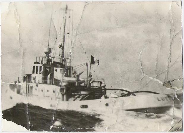 Carte postale du Lutteur en pleine mer