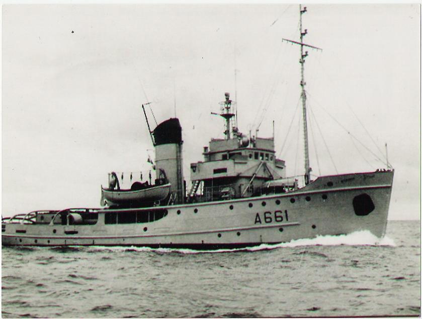 Le RHM Infatigable A661 en mer